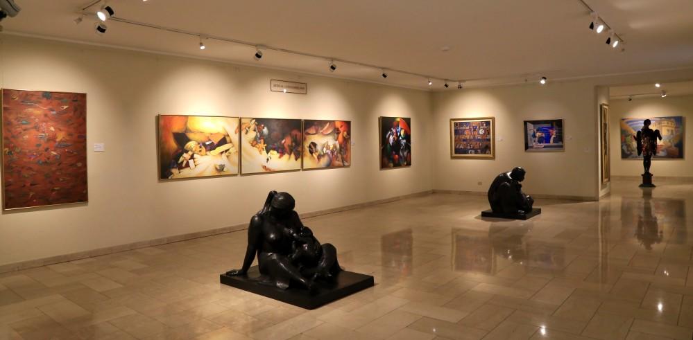 Sala 8. Colección permanente de arte latinoamericano.JPG